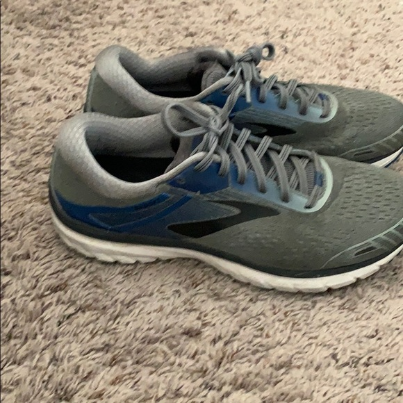 Brooks Other - Brooks Running Shoes in Gray!